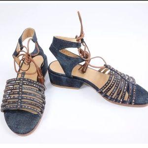 EUC Stuart Weitzman Sandals size 7